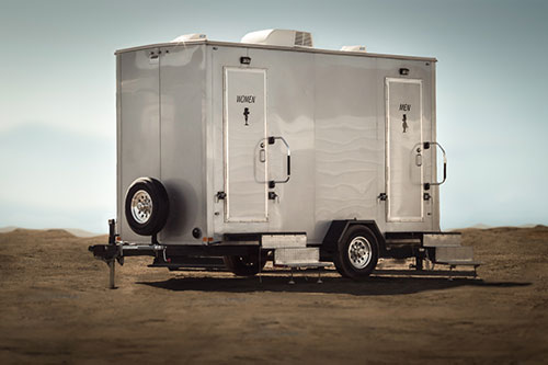 Luxury Eltia trailer available for special events in Ontario